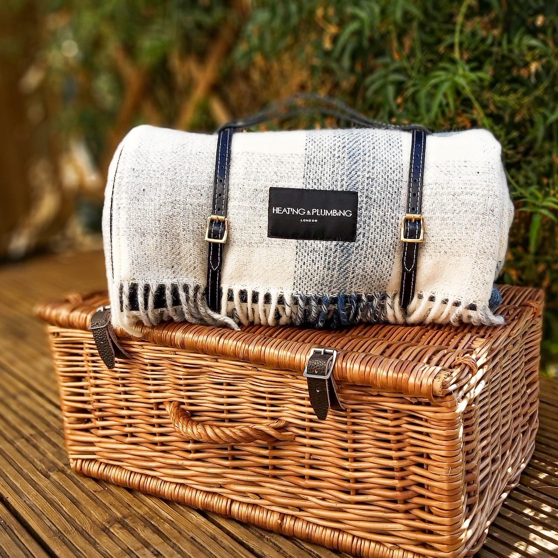 Heating Plumbing London The Posh Getaway Pure new wool waterproof picnic blanket
